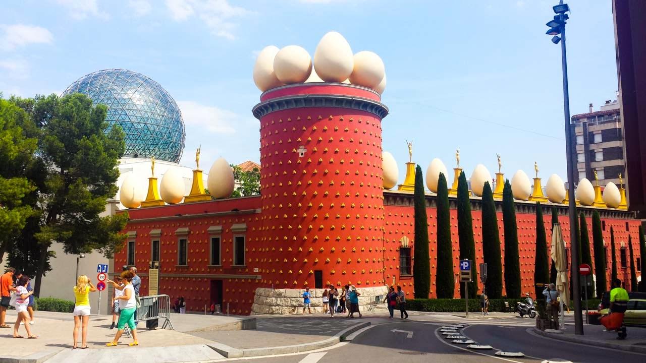 El Teatro-Museo Dalí