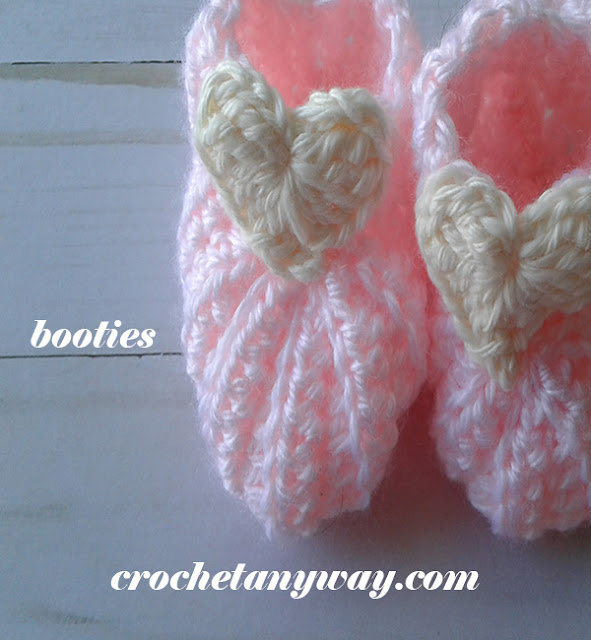 crochet baby booty with heart