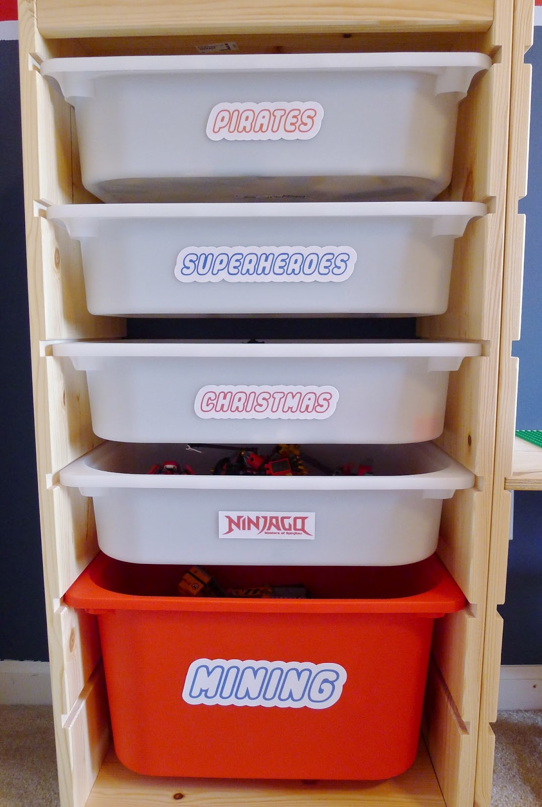 That Mommy Blog Lego Storage And Play Table An Easy Ikea