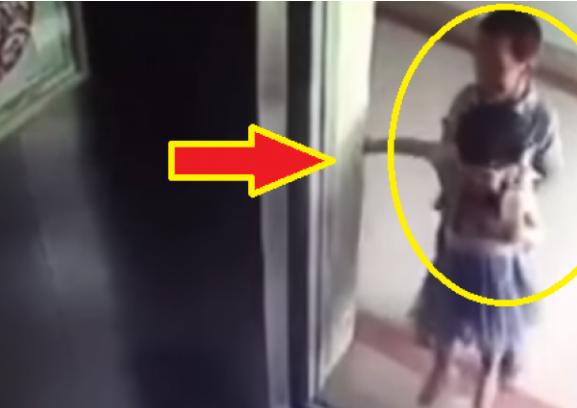 فيديو مؤثر| طفل يقتل طفلة عمرها عامان بطريقة مروعة شاهد ماذا حدث للطفلة المسكينة