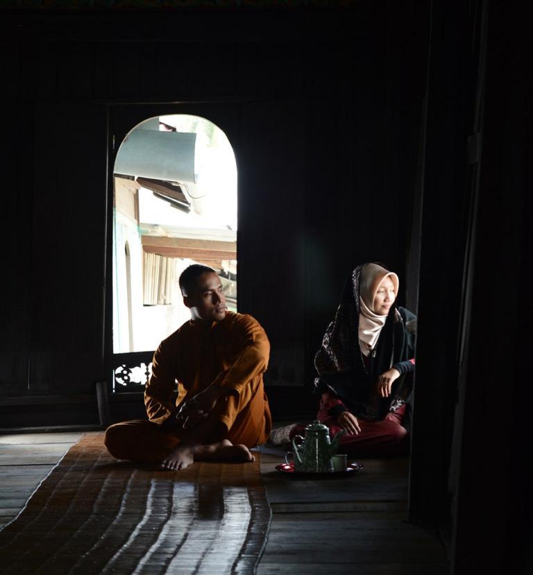 Gara-gara Fotografer Pekanbaru Ini, Muka Gua Jadi Begini, photographer Pekanbaru Riau, tempat cocok buat tempat berfoto ria, apa lagi dijadikan tempat foto ala-ala jadul, photo prewedding pekanbaru, tukang foto pekanbaru, fotografer profesional pekanbaru