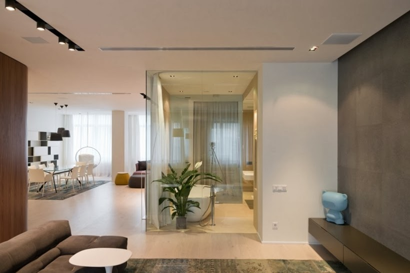 Glass wall in Minimalist modern apartment in Moscow