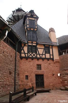 Cortile Interno del castello di Haut Koenigsbourg