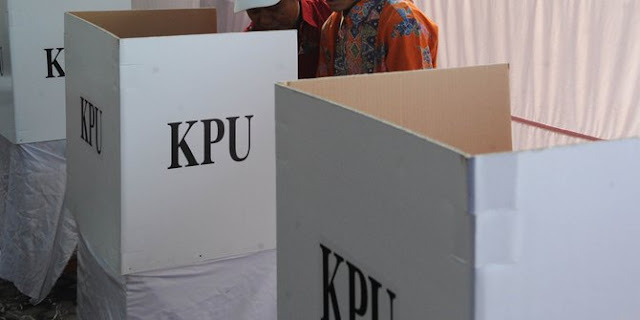 Pemilih Ditunggu Di TPS Hingga Pukul Satu Siang