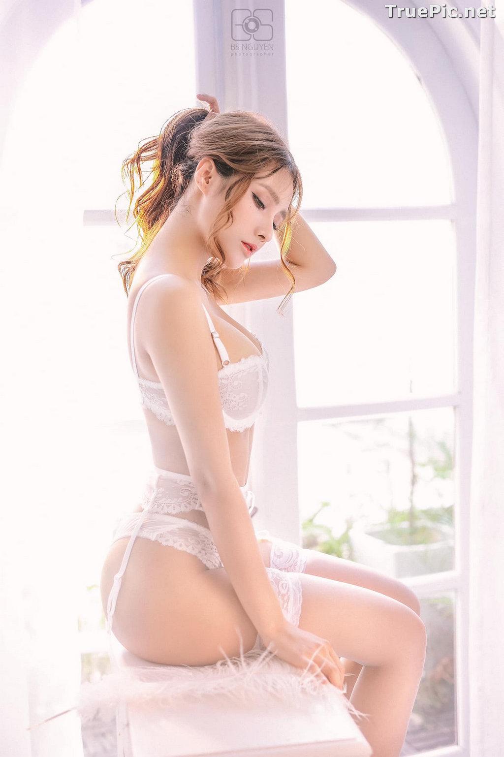 Image Vietnamese Model - Nguyen Thi Phi Yen - Beautiful Sexy White Lingerie - TruePic.net - Picture-13