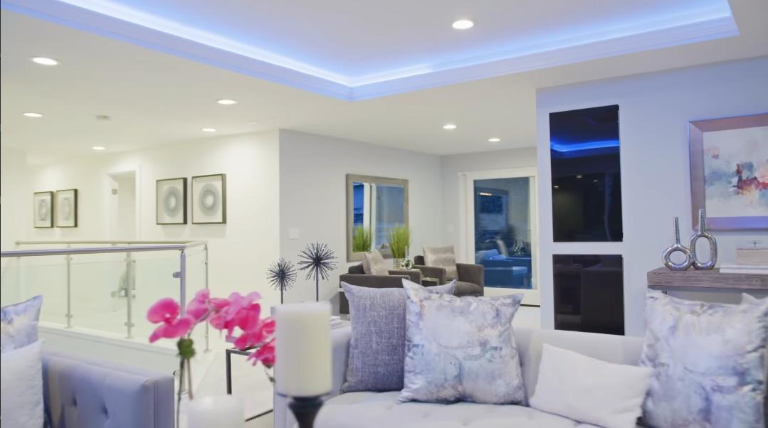 22 Interior Design Photos vs. 140 156th Ave SE, Bellevue, WA Luxury Home Tour