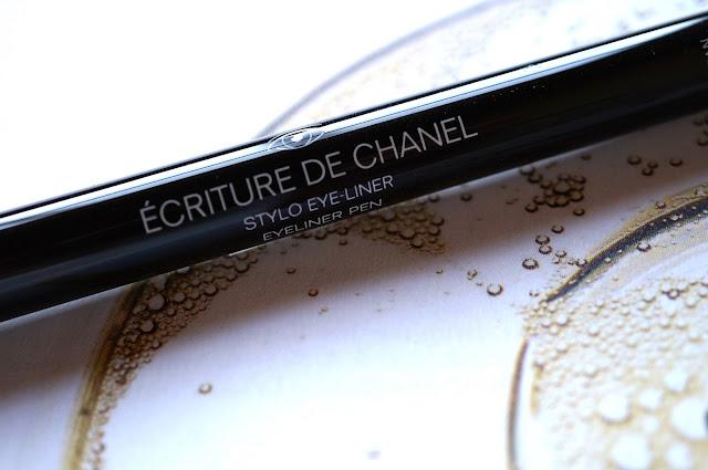 Écriture de Chanel - Eyeliner Pen '10 Noir'