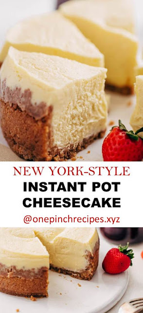 New York-Style Cheesecake Instant Pot - Learn how to make a traditional cheesecake right in your pressure cooker! #instantpot #instantpotdessert #instantpotcheesecake #cheesecake #pressurecookercheesecake