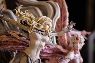 Figurama Collectors muestra sus estatuas de Claymore y Blame! en el Figurama Festival