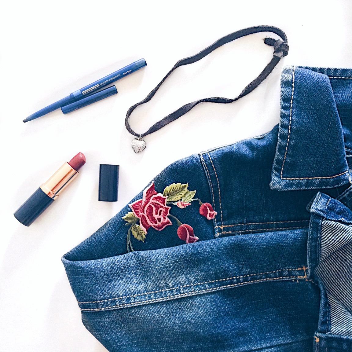 90s trend denim brown liquid lipstick kylie lip kit patches pins choker