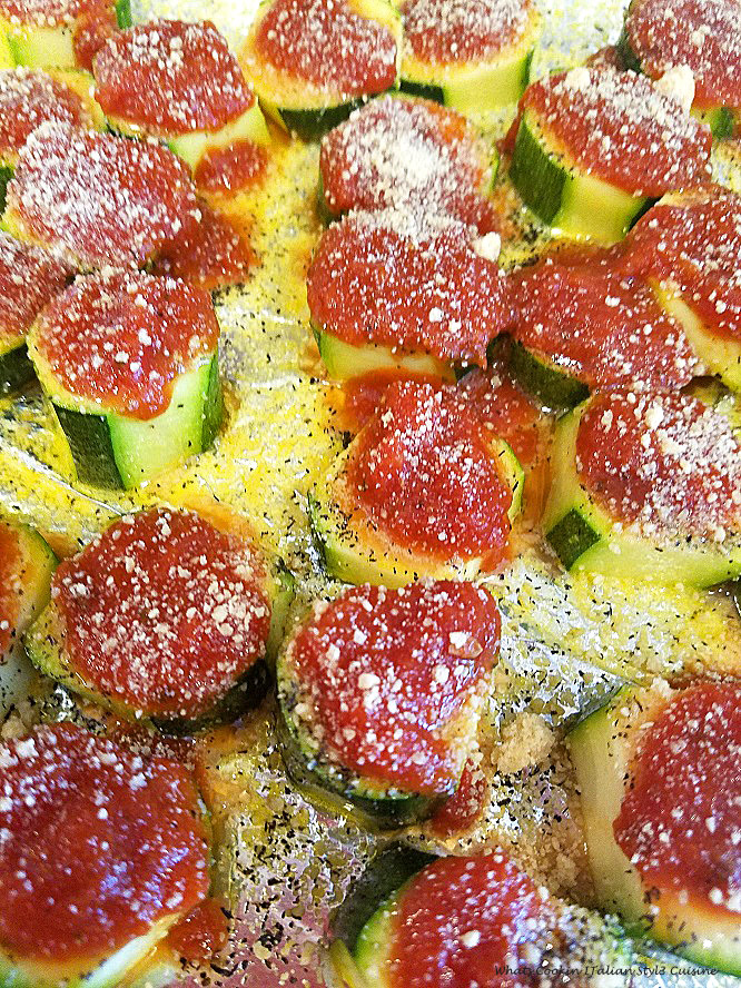 this is zucchini slices baked like pizza chips