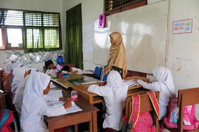Saat Dapodik Menjadi Penentu Penyaluran Aneka Tunjangan Guru