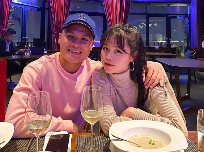 Huỳnh Anh: Cô bạn gái mới của Quang Hải