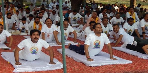yog-divas-hardoi