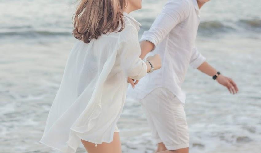 Tình Yêu Màu Trắng Tại Bãi Biển | Couple Love