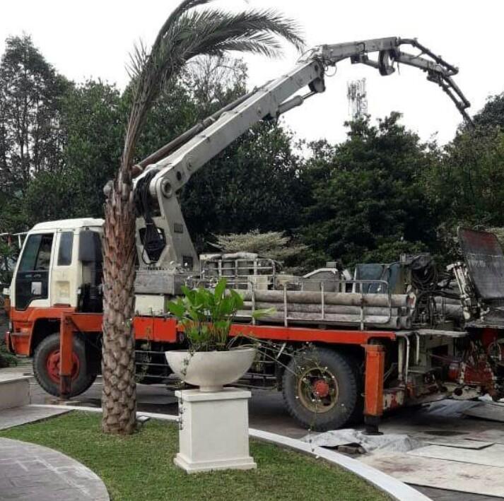haga sewa pompa beton yang selalu stand baik untuk pengguna