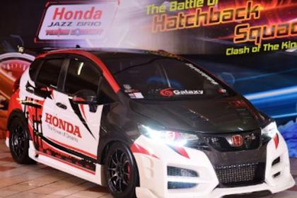 96 Modifikasi Honda Jazz cutting stiker Kustom grafis dan anime