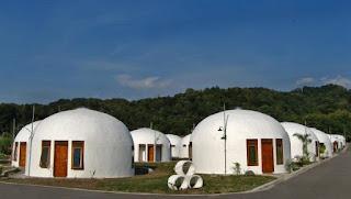 Rumah Domes replika dari rumah teletubbies, tahan gempa dan angin