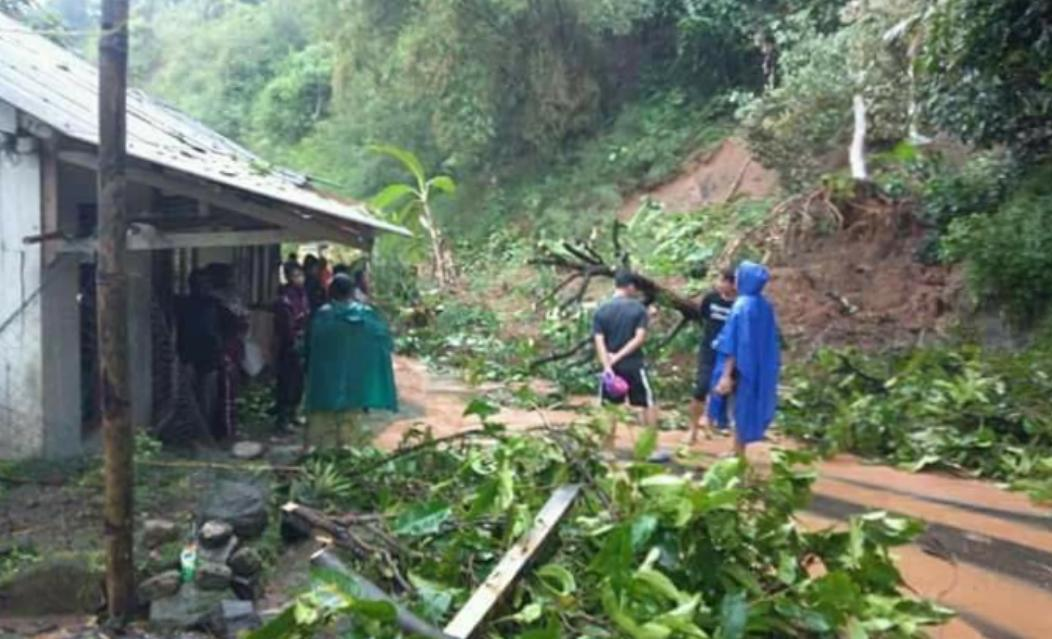 A landslide cliff in South Cianjur, Two people were killed