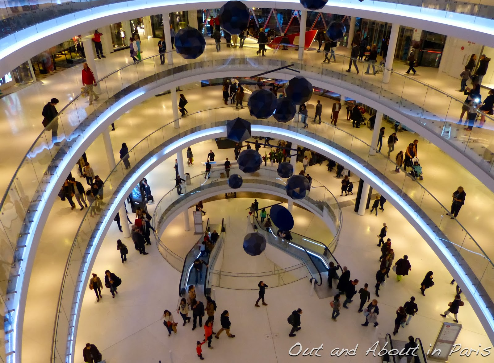 Paris Bourges Bus Beaugrenelle Paris The Newest Shopping Center In Paris With Free