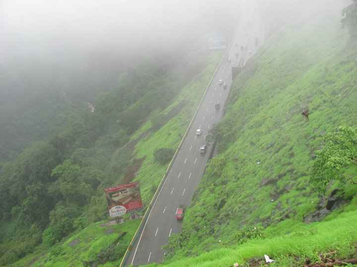 Tourist Places In Pune For Couples