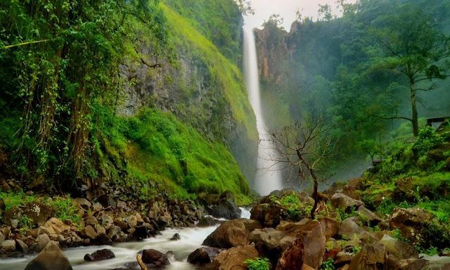 15 Air Terjun Tertinggi Di Indonesia