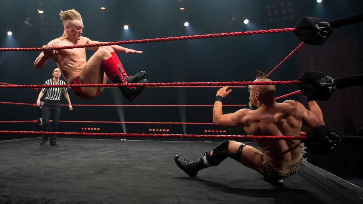 Ilja Dragunov and Sam Gradwell on WWE NXT UK
