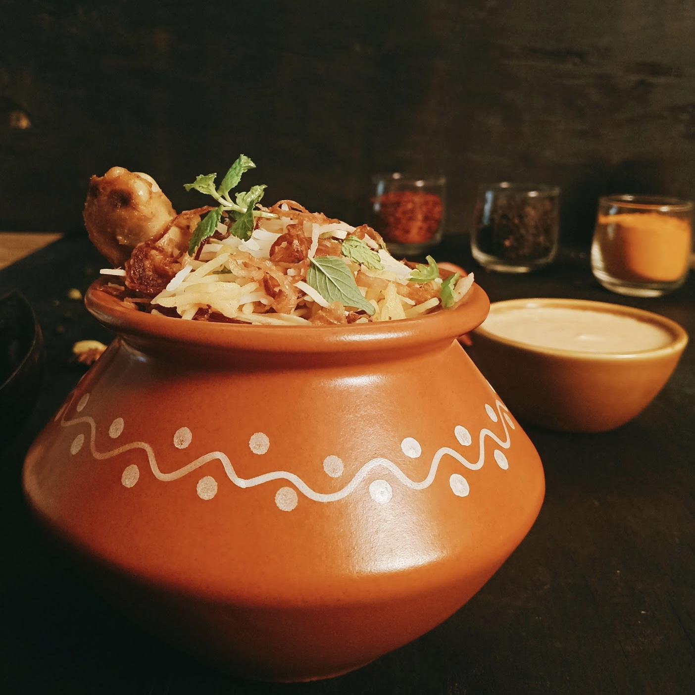 Khansama Khaas Chicken Biryani
