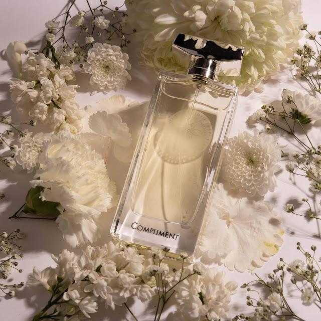 violet compliment parfum, maison violet compliment avis, maison violet parfum, parfum violet, compliment violet, parfum compliment violet, parfum violet compliment, blog parfum femme, nouveau parfum femme