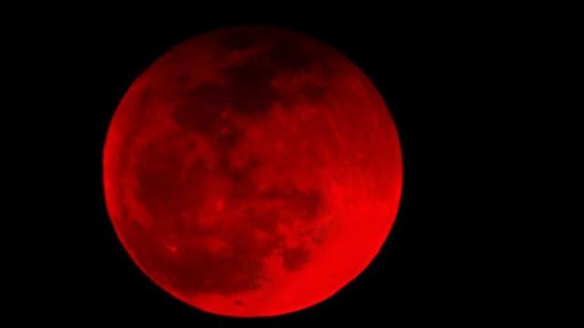 26 मई को हो जाएगा 'चंद्रमाँ' लाल , जानिए कब-कहां देख सकेंगे साल का सबसे बड़ा ब्लड मून