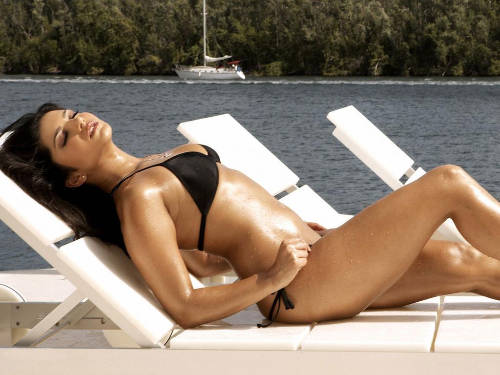 Sunny Leone Xxx Video Watch Online