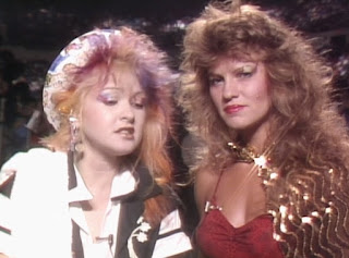 WWE / WWF Saturday Night's Main Event 1 (1985) - Cyndi Lauper and Wendi Richter