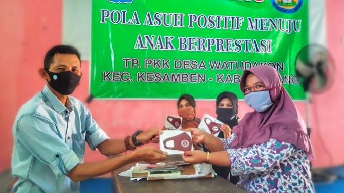TK Ade Irma Suryani Berbagi Masker, Tanamkan Kepedulian dan Kebanggaan