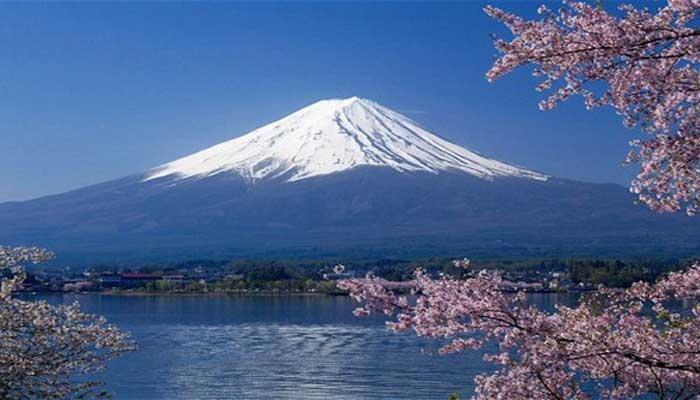 Image result for gunung yang paling indah di rusia