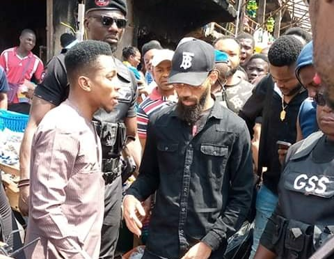 See Photos As Phyno Visits Onitsha Fire Victims