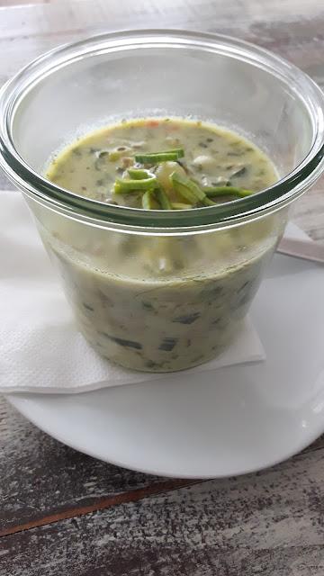 Aus meiner Suppenküche: Hackfleisch-Lauch-Suppe