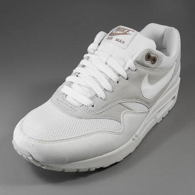 SOLEKITCHEN: Nike Air Max 1 light bonesummit white