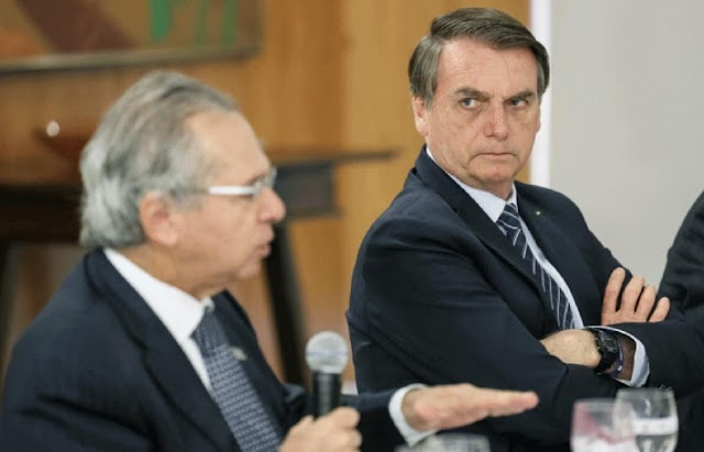 BRASIL: Bolsonaro diverge de Guedes e quer R$ 300 para prorrogar auxílio emergencial