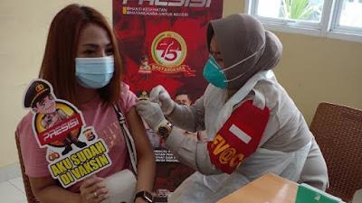 Gerai Vaksin Presisi Polresta Tangerang Vaksinasi 110 Orang di Hari ke-3 PPKM Darurat