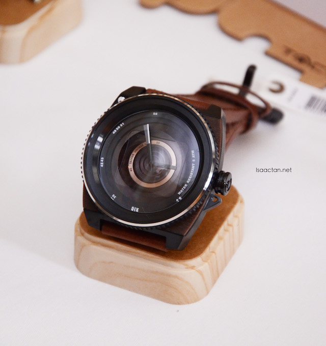 One of the quirky, yet interesting design, in the form of a camera lens