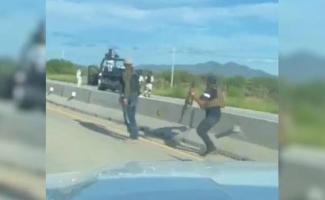 Video: Calmados, Calmados dicen con miedo Sicarios del CDS a integrantes de La Guardia Nacional; iban en retirada con 4 ya muertos