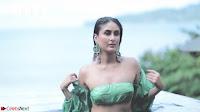 Kareena Kapoor   bollywood Queen   Sizzles  in bikini ~  Exclusive Galleries 024.jpeg