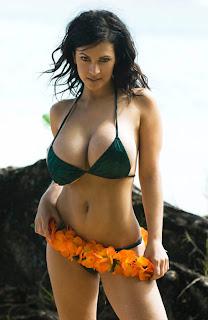 Lara croft nue te porno