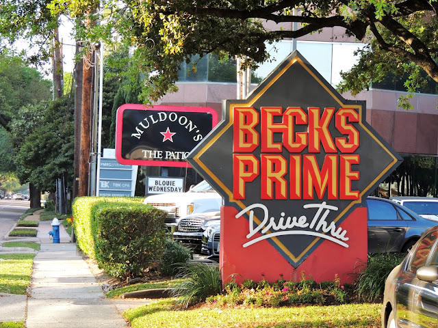 Beck's Prime - Muldoon's The Patio (signage)