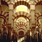 Malaysia Izinkan 88 Masjid Dibuka Kembali untuk Shalat Jamaah
