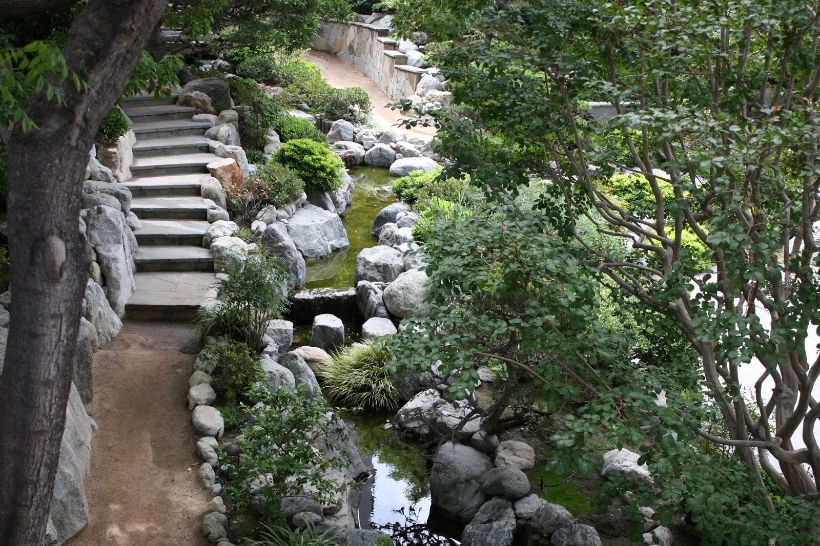 Los Angeles Japanese Garden: Little Tokyo: James Irvine Japanese Garden