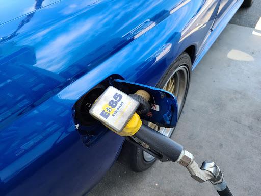 E85 fill up Nissan Skyline GT-R