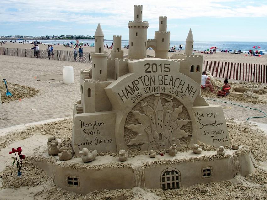 Fall In The Sea Eventually 2017 Hampton Beach Sand Sculptures