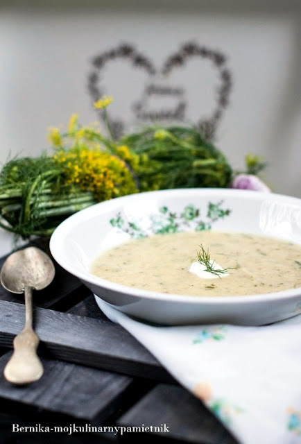 kapusta, zupa, obiad, krem z kapusty, mloda kapusta, bernika, kulinarny pamietnik