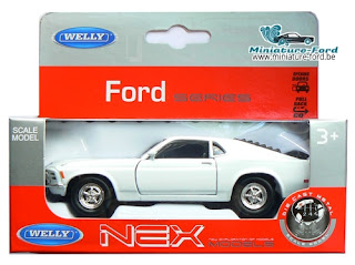 Welly, Ford Mustang, blanche, carton gris et rouge